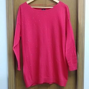 Red studded 3/4 sleeve top